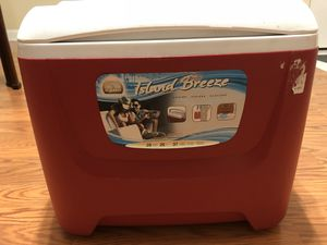 28 Qt. Island Breeze Cooler for Sale in Pittsburgh, PA