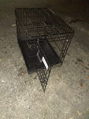Small to medium dog crate for Sale in FL, US