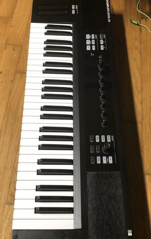 Komplete Kontrol S49 for Sale in Kissimmee, FL
