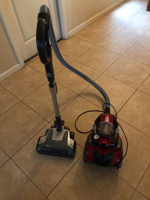 Electrolux vacuum for Sale in Fresno, CA