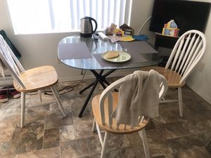 Kitchen glass table with 3 wood chairs for Sale in San Diego, CA