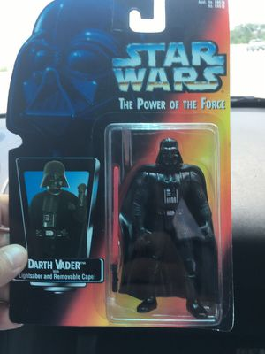 Star Wars Darth Vader 1995 collectible action figure. for Sale in Houston, TX