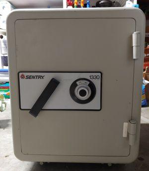 Sentry 1330 Valueguard Safe for Sale in Edmonds, WA