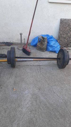 Bar and 70 pounds for Sale in Compton, CA