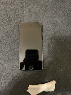 iPhone 6 (unlocked) for Sale in Brooklyn, NY