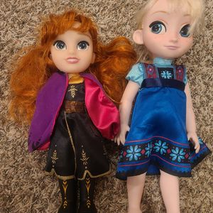 Anna And Elsa Dolls for Sale in Sumner, WA