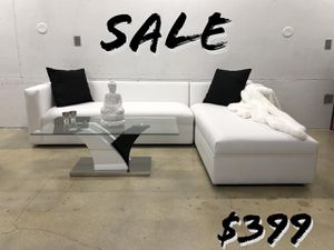 Modern Sectional Sofa couch for Sale in Aventura, FL