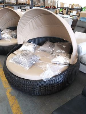 NEW IN OUT DOOR DELUXE WICKER VERY COMFORTABLE for Sale in Los Angeles, CA