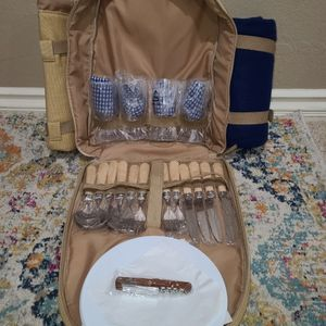 Large picnic backpack for Sale in Rancho Cucamonga, CA