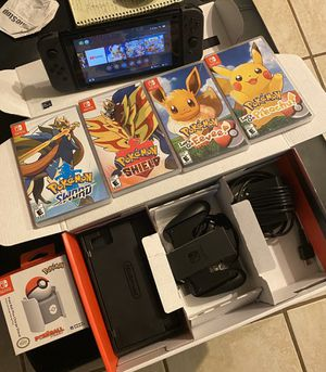 New Nintendo Switch V2 Bundle w/ Several Video Games & More for Sale in Houston, TX