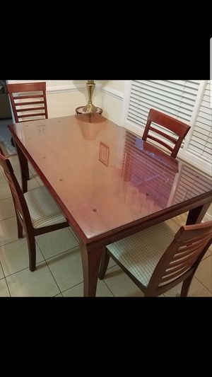 Dining room table with removable glass protective top for Sale in Columbia, SC