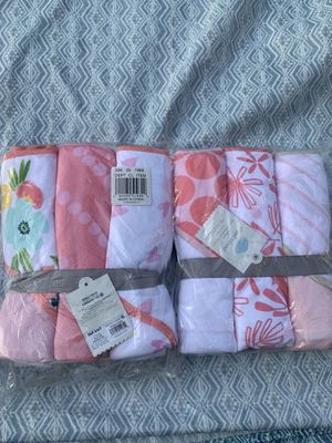 Baby towels new both packs for $10 for Sale in Temple City, CA