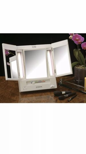 Jerdon JGL9W Tri-Fold Lighted Makeup Vanity Mirror with 5 X Magnification for Sale in Orlando, FL