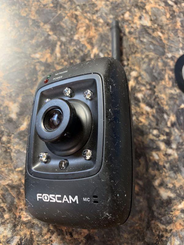 Foscam VNT6656G6A40 IP Wireless/Wired Surveillance Cameras