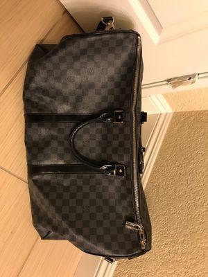 Louis Vuitton duffel bag for Sale in Las Vegas, NV