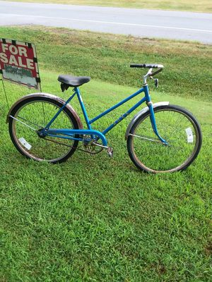 Vintage Ross Womans Bike for Sale in Newburgh, IN