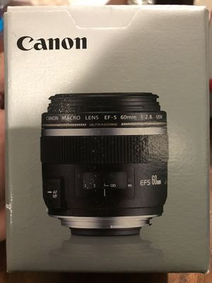 Canon 60mm f/2.8 Macro lens for Sale in Chicago, IL