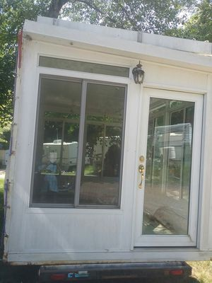 8x14 sun room and trailer. for Sale in Hartford, CT