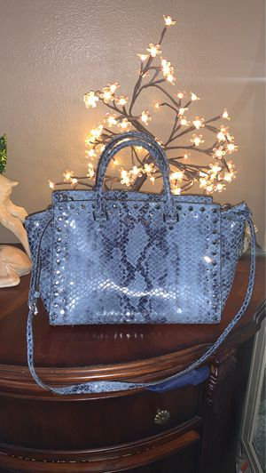 Authentic Michael Kors bag excellent condition $80 PRICE IS FIRM for Sale in North Las Vegas, NV