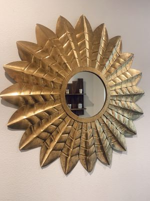 Gold Mirror for Sale in Puyallup, WA