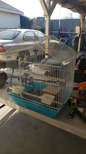 Small bird cage for Sale in Los Angeles, CA