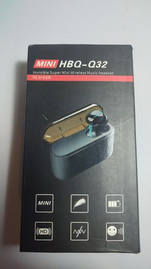 Bluetooth earbud with Charging Case, Single ear , Q32 wireless headset for Sale in Miami, FL