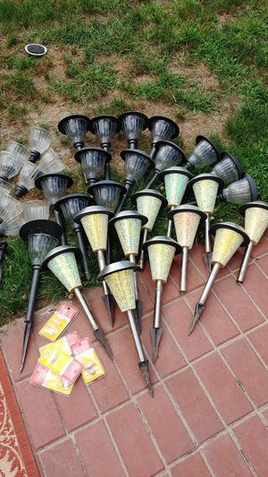 Solar lights for Sale in Cleveland, OH