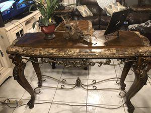 4 Gorgeous Pulaski living room tables! for Sale in Orlando, FL