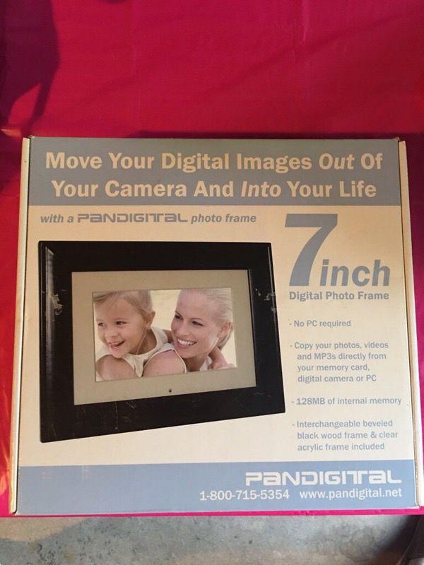 Pandigital 7 Inch Digital Photo Frame W 128mb Internal Memory Nib