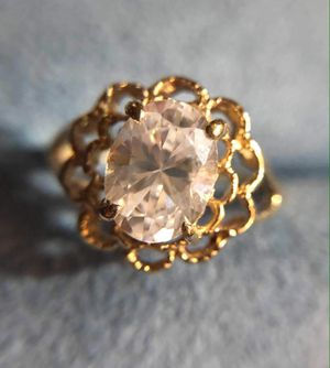 Woman's Gold Ring for Sale in South Gate, CA