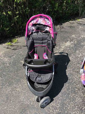 Stroller and car seat for Sale in Melrose, TN