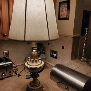 VINTAGE STIFFEL HOLLYWOOD REGENCY TABLE LAMP for Sale in Spring, TX