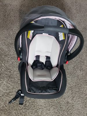 Graco Infant car seat with base for Sale in Columbus, OH