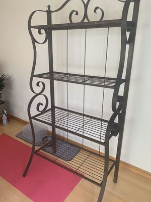 Vintage wrought iron bakers rack for Sale in Lynnwood, WA