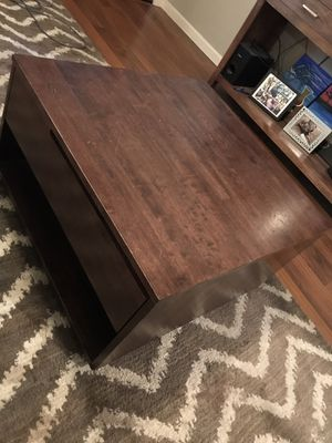 Free coffee table for Sale in Ripon, CA