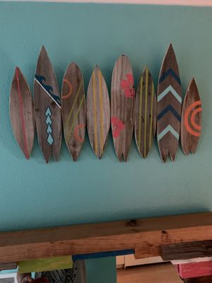Custom surfboard wall accent 🏄🏽‍♀️🌊☀️🌴🌺 for Sale in Seminole, FL