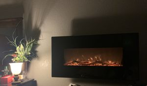 "42"" flat panel electric fireplace with remote, realistic log OR shattered glass insert for Sale in Spanaway, WA"