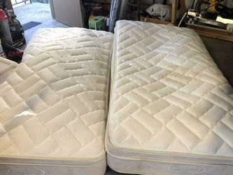 Comfortaire Mattresses : Two Twin XL for Sale in Spring Valley,  CA