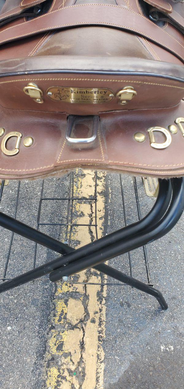 Horse saddle Kimberly size 18