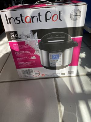 Instant Pot Duo Plus 9 in 1 electric pressure cooker for Sale in Arcadia, CA