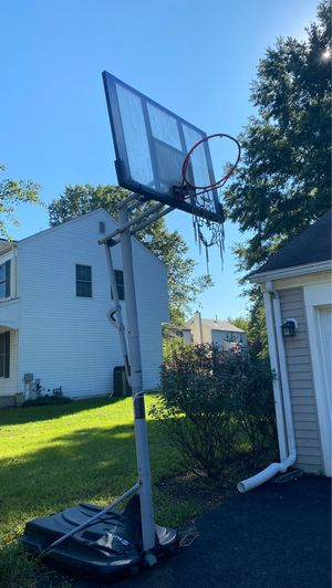Basketball Hoop for Sale in Bowie, MD