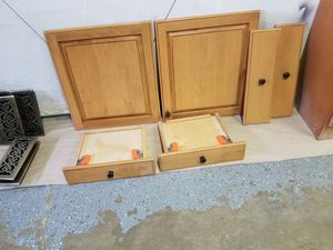 Kitchen cabinet doors,drawer covers and 2 drawer for Sale in St. Louis, MO