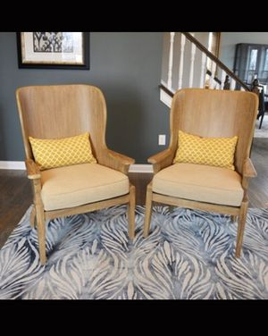 Schnagdig wooden sitting chairs for Sale in Charleston, WV