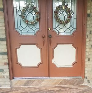 Double Doors with Stained Glass Windows for Sale in Whitehall, OH