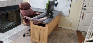 Computer desk for Sale in Corona, CA
