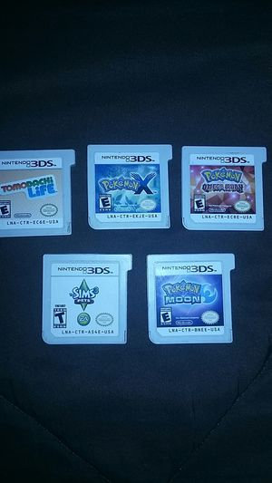 3ds pink with charger and games for Sale in Phoenix, AZ