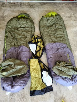 KELTY SLEEPING BAGS AND SEA TO SUMMIT COMPRESSION SACKS for Sale in San Diego, CA