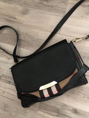 Burberry women's bag for Sale in Burbank, CA
