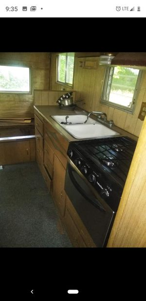 mobile home has a title has to tow has an engine but at the moment it does not have good 700 battery or better offer for Sale in Indianapolis, IN
