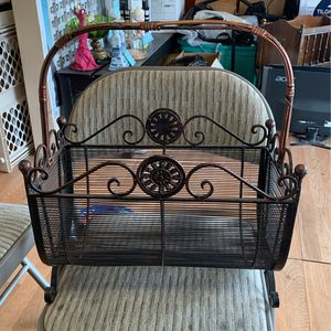 Magazine Rack for Sale in Los Angeles, CA